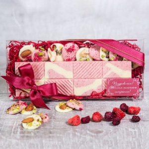 Шоколадный сет в розовых тонах